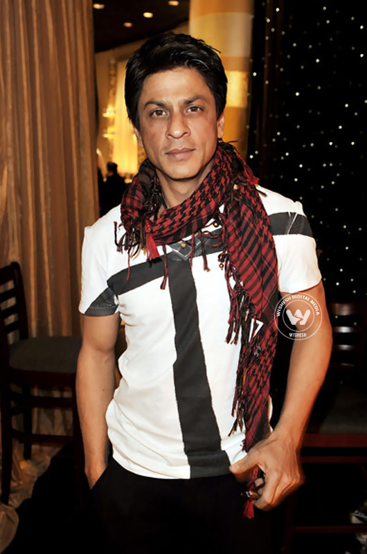 latest images of actor shah rukh khan | Photo 9of 16 | Shah Rukh Khan Latest Gallery | shah rukh khan latest gallery.