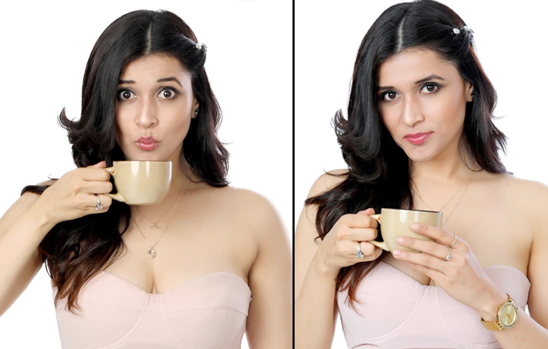 Actress Mannara Chopra Sizzling Stills