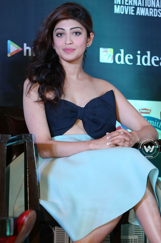 new photos | Pranitha Latest Photos | Photo 3of 10 | pranitha03