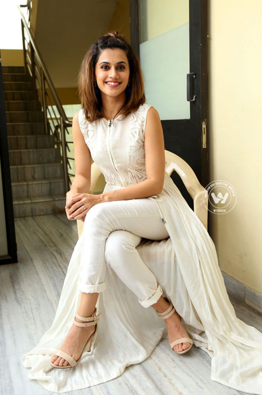 Taapsee Pannu photos | Photo 6of 10 | taapsee-pannu-06 | Taapsee Pannu movies list