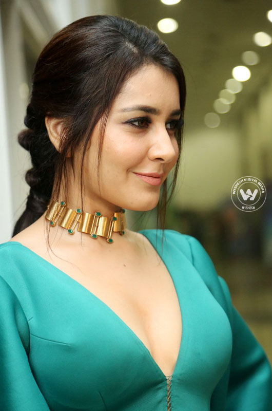 Raashi Khanna images | Photo 9of 10 | raashi-khanna-09 | Raashi Khanna movies