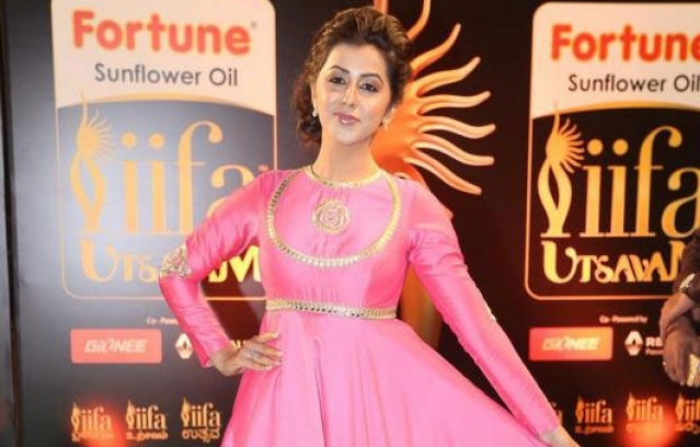 iifa-utsavam-awards-2016-14
