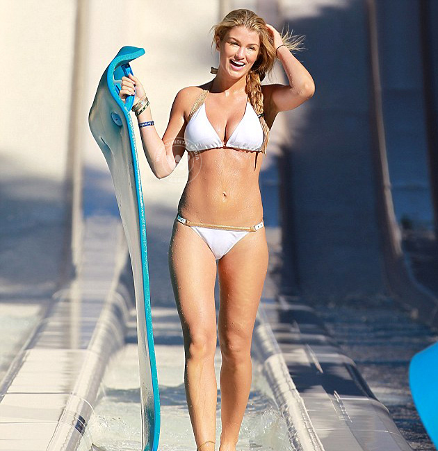 Amy Willerton on white bikini | Amy Willerton on white bikini at waterpark | Photo 13of 14 | Amy Willerton on white bikini at waterpark