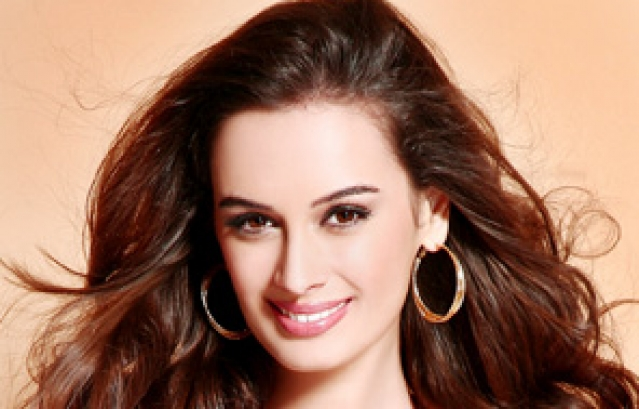 Happy Birthday To Evelyn Sharma