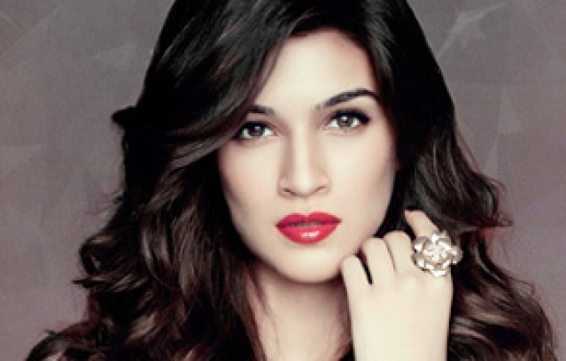 Happy Birthday To The Beautiful Kriti Sanon