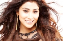 Happy Birthday To The Beautiful Shriya Saran