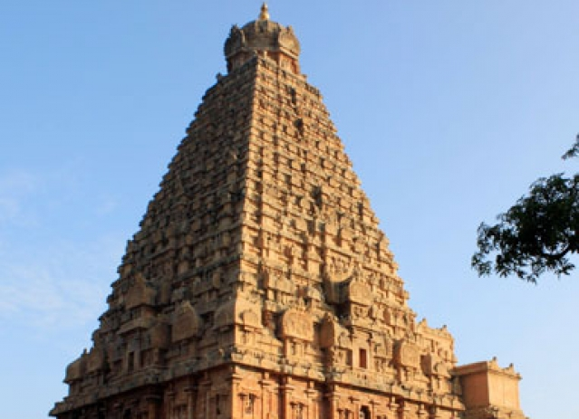 10 Most Beautiful Temples in India