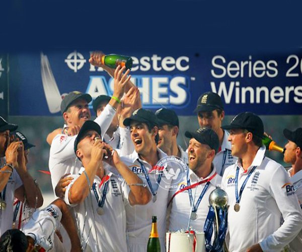 England Players Pee On Pitch After Ashes Win