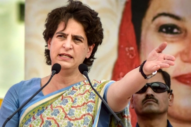 Priyanka Gandhi Takes a Dig at Modi Govt. over Economic Policies