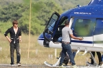 SRK Hires a Chopper to Reach The Sets of Zero