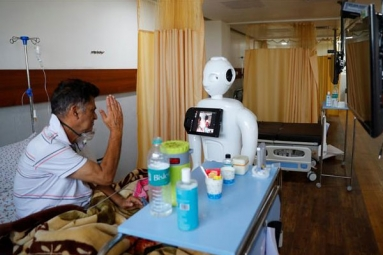 Mitra, the robot helps patients to speak to their loved ones